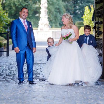 Frank-Pittoors-huwelijk-huwelijksfotograaf-kasteel-gaasbeek-koppel-zon-21